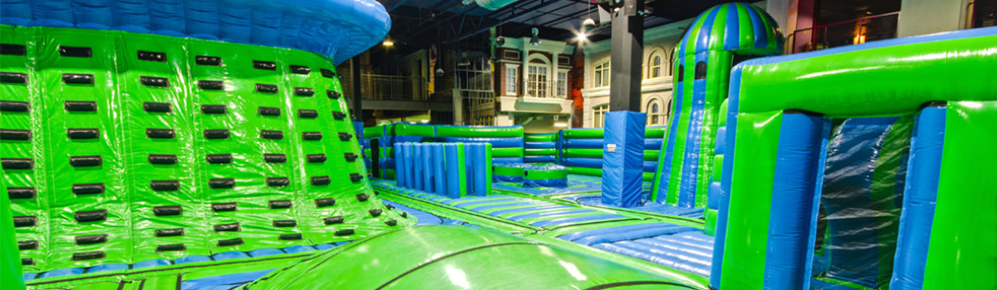 Green Blue inflatable themepark
